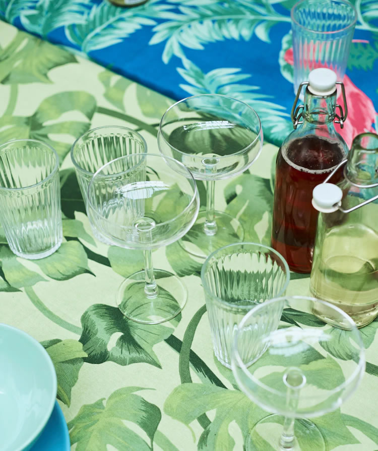 IKEA Ideas - Home visit: table deco ideas for a summer party