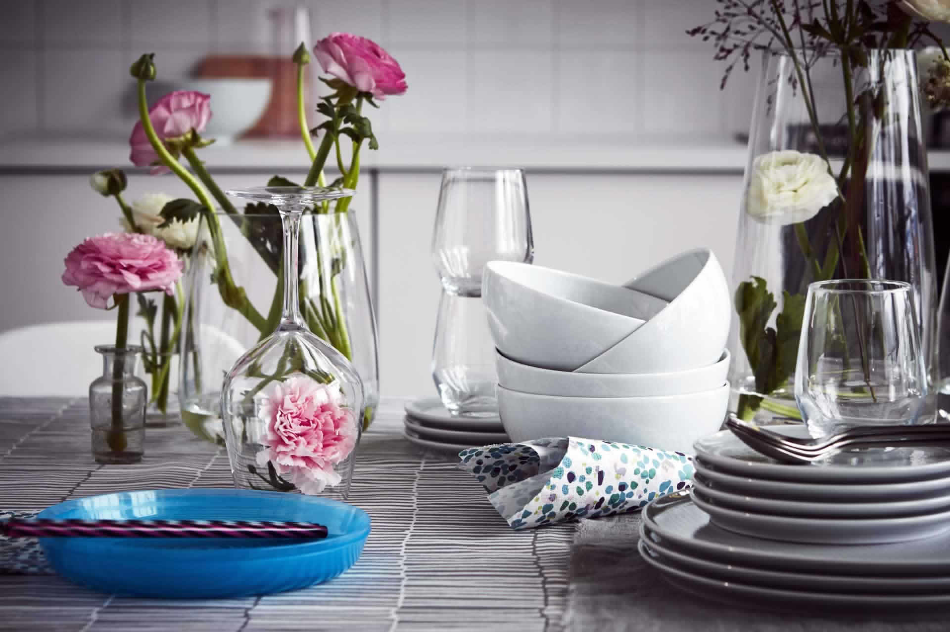 IKEA Ideas - A family table setting with a fresh feel