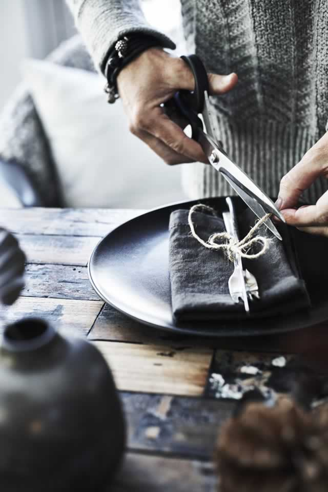 IKEA Ideas - Home visit: Winter table setting of foraged finds