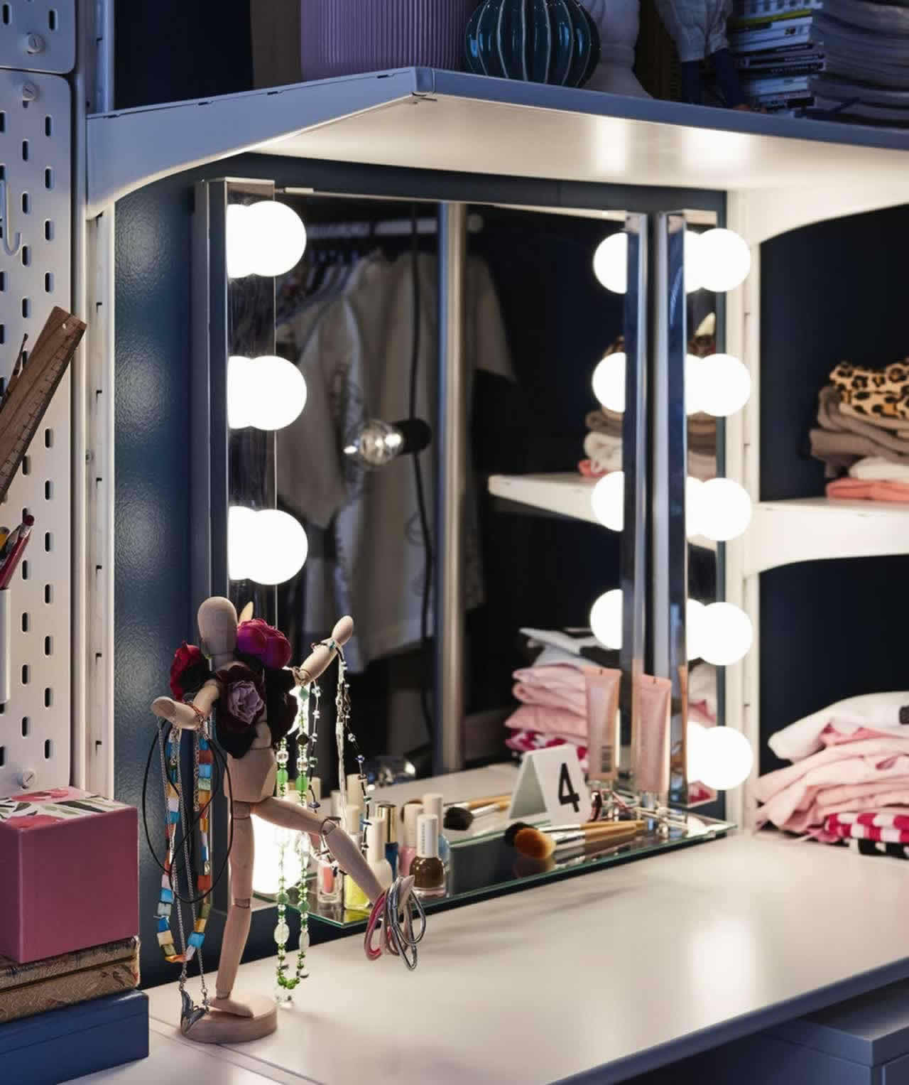 IKEA Ideas - A room fit for a teenage fashionista