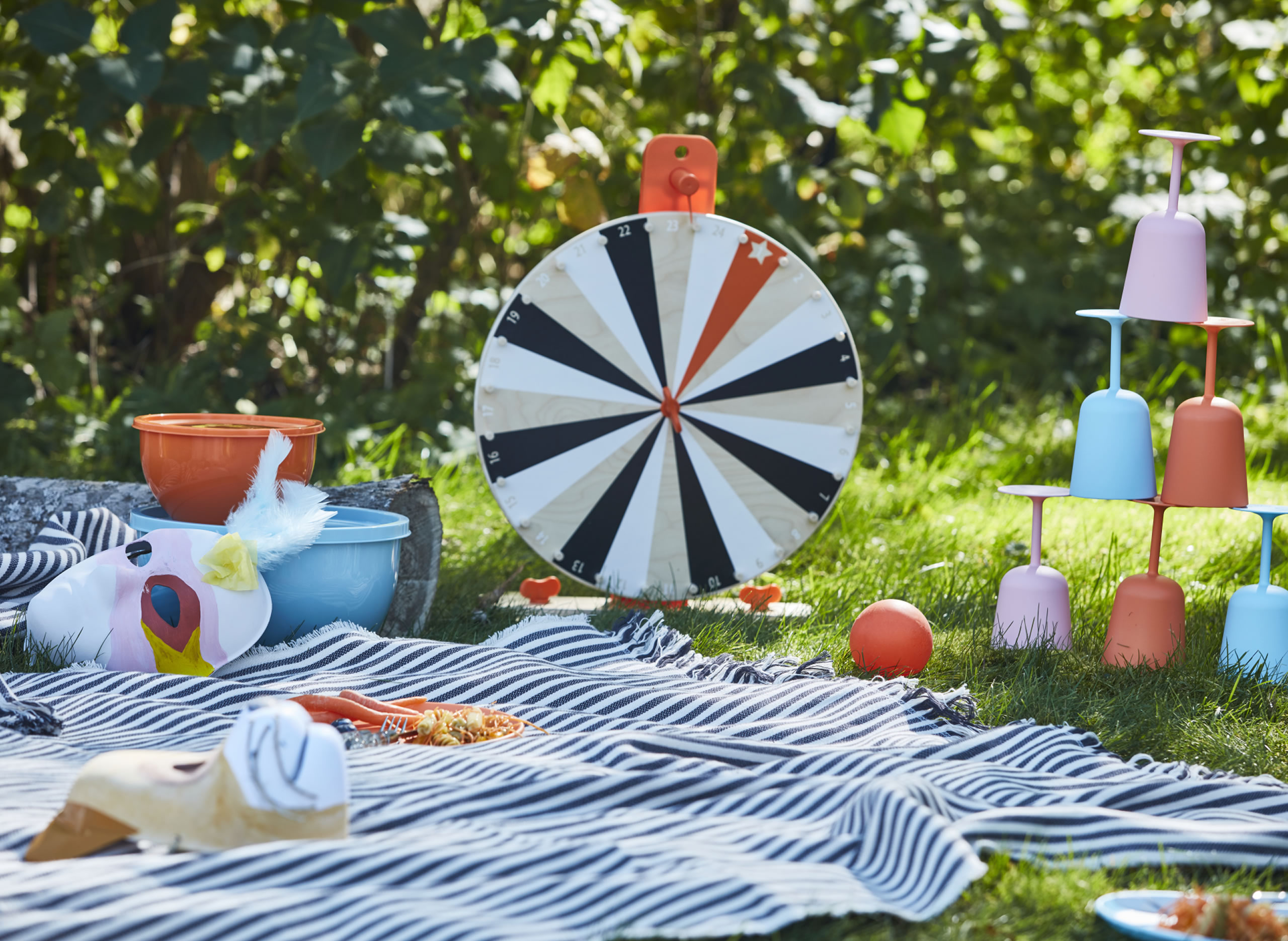 IKEA Ideas - It's spring and you can picnic again