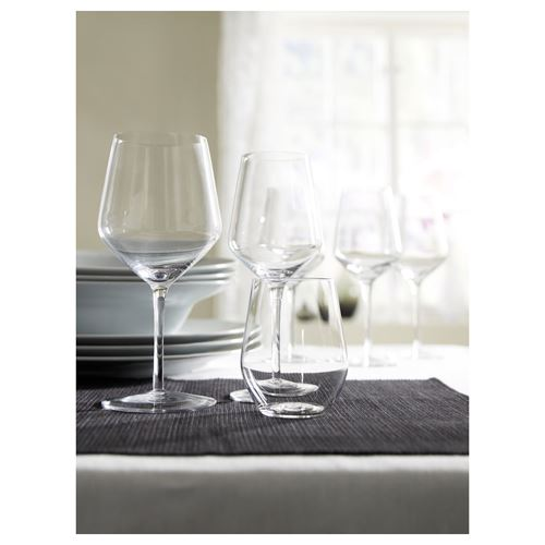 IVRIG,white wine glass